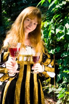 Free Smiling Young Woman In Renaissance Dress With Vine Royalty Free Stock Photography - 8446447