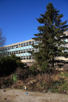Free Derelict Office Block Royalty Free Stock Images - 8448149