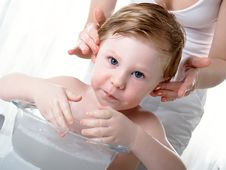 Free The Boy Washes Stock Photography - 8448652