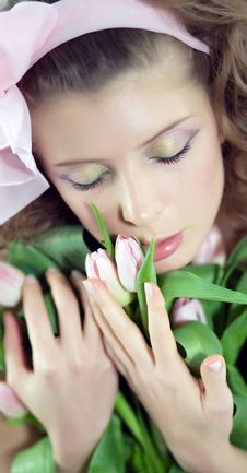 Free Woman With The Pink Flowers. Royalty Free Stock Photography - 8449217