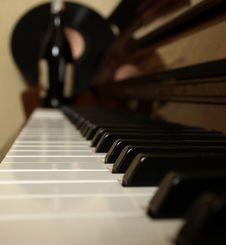 Free Piano Stock Photography - 8449402