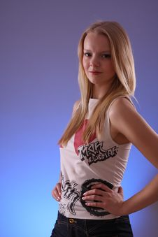 Free Fashion Model In Studio Royalty Free Stock Photography - 8456967