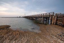 Free Wooden Bridge Stock Photography - 8457622