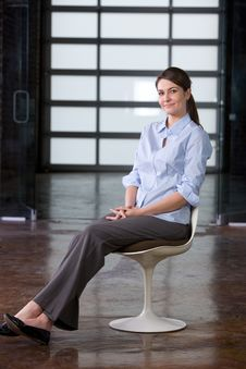 Free Business Woman Portrait In A Modern Office Stock Photography - 8458222