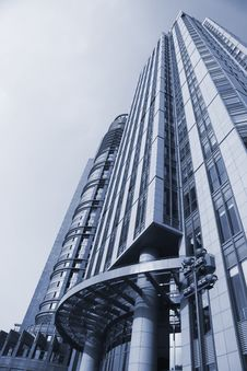 Free Modern Building Royalty Free Stock Photography - 8458517