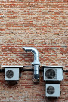 Free Wall With Conditioners Stock Photos - 8460503
