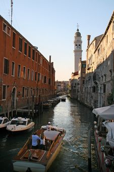 Free A Channel In Venice With Boat Taxi Stock Image - 8461001