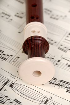 Free Flute And Notes Stock Photos - 8467423