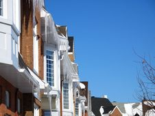 Free Town Homes With Icicles Royalty Free Stock Photos - 8470588