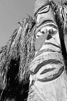 Free Peruvian Totem Pole Royalty Free Stock Photography - 8475007