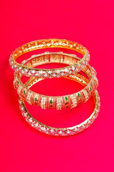Free Golden Bangles Royalty Free Stock Photos - 8479608