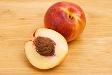 Free Nectarine Stock Photography - 8487482
