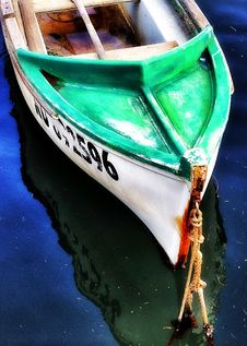 Free Bow Of Wooden Boat Royalty Free Stock Image - 84896566