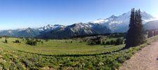 Free Panorama Of Sunrise, Mt. Rainier, Near The Sourdough Ridge Stock Photos - 84899313
