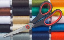 Free Sewing Spools And Scissors Stock Photos - 8490543