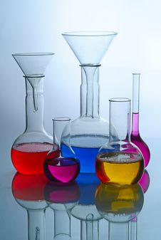 Free Laboratory Glassware Royalty Free Stock Photography - 8493577