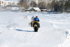 Free Snowmobile Racing Stock Photography - 8494422