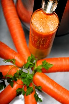 Free Juice Carrots Stock Image - 8495941