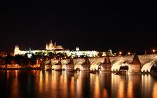 Free Charles Bridge, Prague Royalty Free Stock Image - 8496686