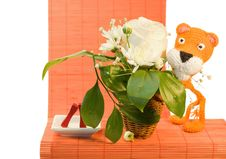 Free Hand Made Orange Knitted Tiger Royalty Free Stock Images - 8497309