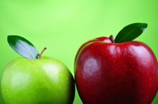 Free Green And Red Apples Royalty Free Stock Photo - 8499715
