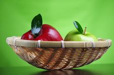Free Apples In Basket Stock Photo - 8499720