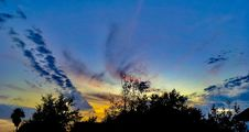 Free Sunset Over Treetops Royalty Free Stock Images - 84911509