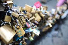 Free Love Padlocks Royalty Free Stock Photography - 84911737
