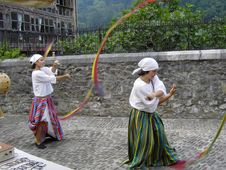 Free Street Performers In Lanestosa S Medieval Market Stock Images - 84920584