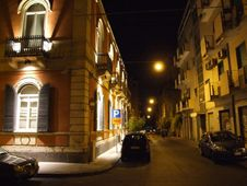 Free Italy-Catania - Creative Commons By Gnuckx Stock Images - 84927484