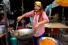 Free Street Food Vendor, Rayong City Stock Image - 84928361