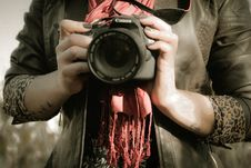 Free Midsection Of Man Holding Camera Royalty Free Stock Images - 84928969