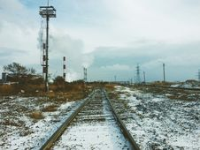 Free Railway In Winter Stock Photography - 84929942
