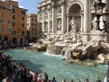 Free Italy-Roma-Fontana.di.Trevi - Creative Commons By Gnuckx Royalty Free Stock Photo - 84932245