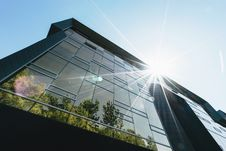 Free Modern Glass Building Royalty Free Stock Image - 84932896