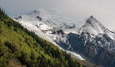 Free The Bossons Glacier, Dôme Du Goûter &x28;4304m&x29; And Aiguille Du Goûter &x28;3863m&x29; Royalty Free Stock Photography - 84933947