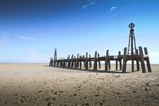 Free Remains Of St Annes Pier Landing Jetty Royalty Free Stock Photo - 84935955