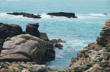 Free Large Rocks In Water Royalty Free Stock Photography - 84938267