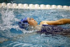 Free Girl Swimming Stock Photography - 84939152