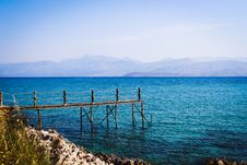 Free Small Wooden Pier Stock Photography - 84939832