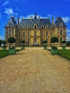 Free Countryside Mansion Stock Photography - 84939912
