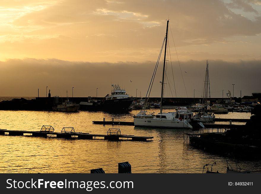 Porto turistico di Ognina Catania - Gommoni e Barche - Creative Commons by gnuckx m&m