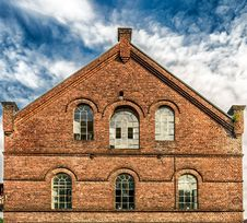 Free Low Angle View Of Historic Building Against Sky Stock Photos - 84940203