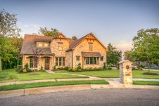 Free House With Lawn Stock Image - 84940371