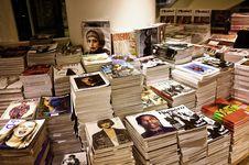 Free Magazine Stand Stock Photo - 84940770