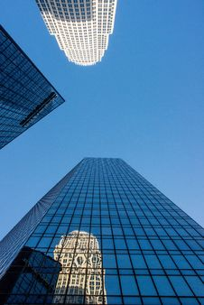 Free Skyscrapers Royalty Free Stock Image - 84941336