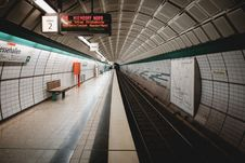 Free Subway Tunnel Stock Images - 84941594