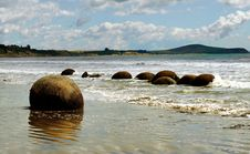 Free The Moeraki Boulders NZ Stock Images - 84942144