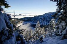 Free Snowy Mountain Lake Royalty Free Stock Photo - 84949605