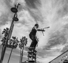 Free Venice Beach: Balanced Stock Photography - 84952582